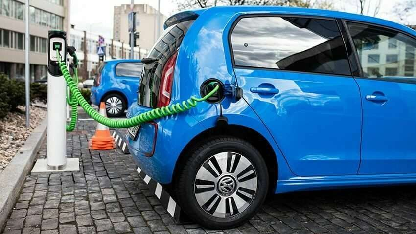 Electric Car 69843200